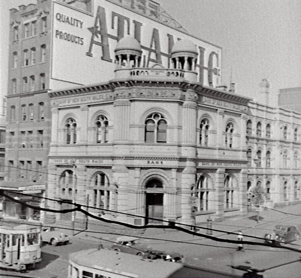 Bank of NSW, 1955. Image courtesy City of Sydney Archives