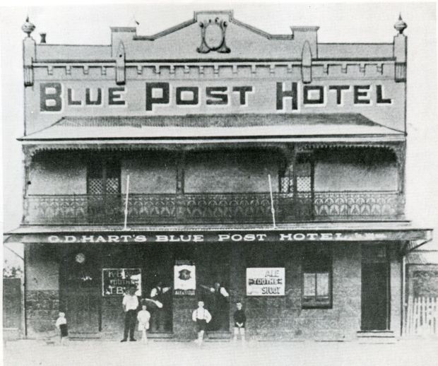 Blue Post Hotel, 1880s. Image courtesy Hurstville Council